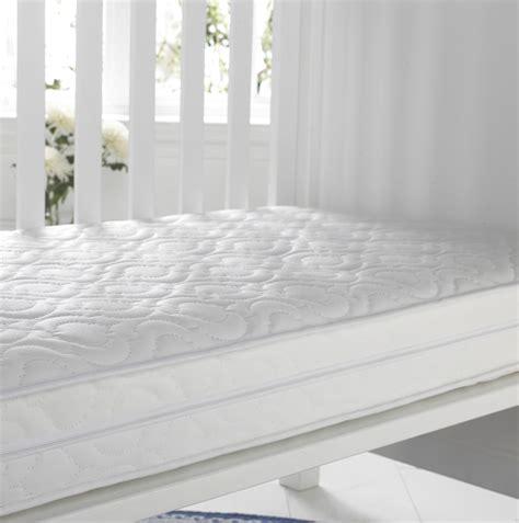 quel matelas pour un enfant 2784 quel matelas pour enfant amazing lit pliant pour enfant