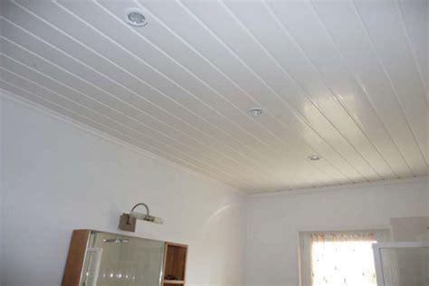 plafond pvc cuisine fou plafond pvc maison travaux