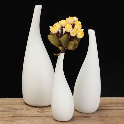 Ceramic Flower Vase Set Of 3 Decorative by 3 Sizes Modern Streamline Ceramic Vase White Flower
