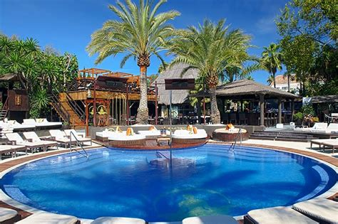 pool beds beach beds and pool beds in puerto banus la sala by the sea