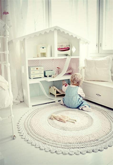 teppich weiß rosa teppich babyzimmer design