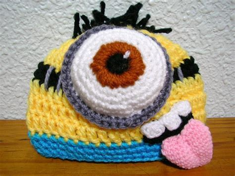 gorros con la tablita los minions ocupan otakulandia gorros crochet taringa
