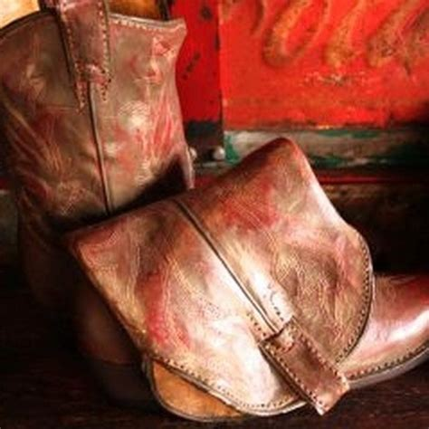 how to clean cowboy boots how to clean cowboy boots cleanses cowboys and boots