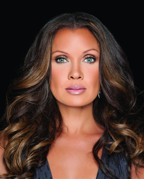 older actresses with dark hair vanessa williams dismisses issue of colorism in hollywood