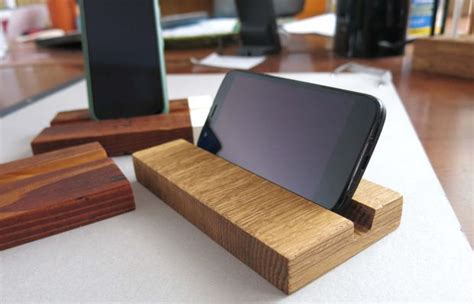 diy wooden phone stand 7 steps