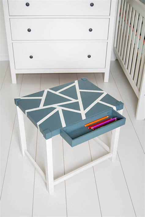 Lackieren Diy by Makeover Diy Spieltisch Lackieren Mit Geometrischen Mustern