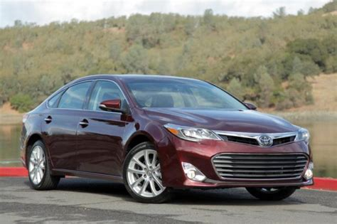 Toyota Avalon Awd 2013 Toyota Avalon Striking Resemblance Fusion Forum