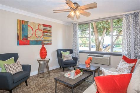 1 bedroom apartments knoxville one bedroom apartments downtown knoxville studio