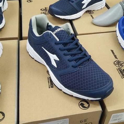 Sepatu Diadora Running Ori jual sepatu diadora running carlos asli original termurah