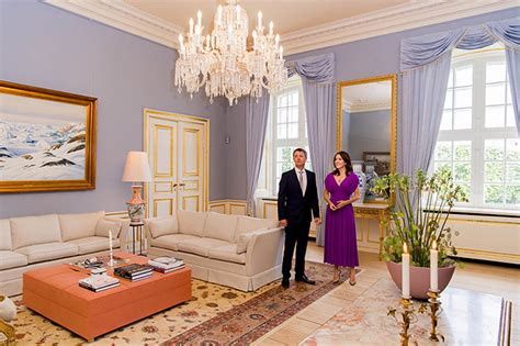 william and rooms princess shows royal living room see how it