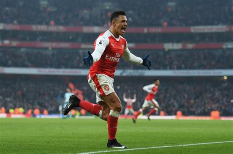 alexis sanchez facts who is alexis sanchez facts on arsenal star his earnings