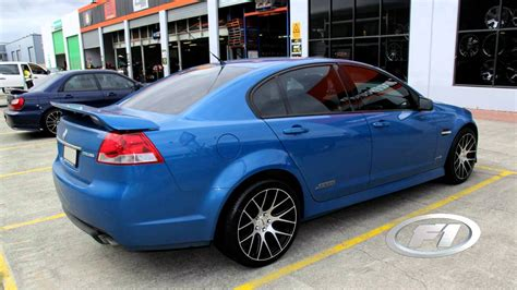 20 inch holden rims holden ve ss commodore rolling staggered 20 inch dtm
