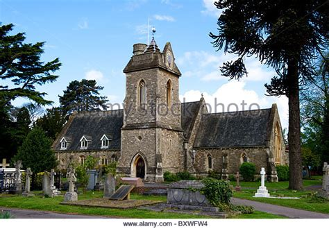 st mark s church englefield berkshire englefield stock photos englefield stock images alamy
