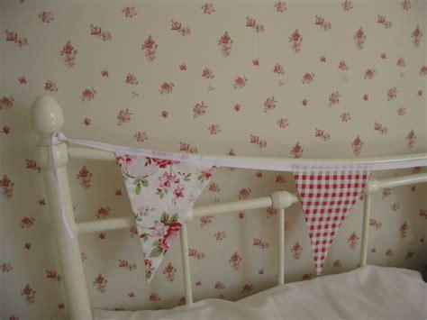 abbeville floral wallpaper pink natural blue ditsy wallpaper free download wallpaper dawallpaperz