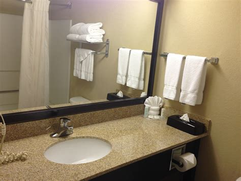 airport bathroom quick weekend in the bahamas intro and comfort suites charlotte airport guru of travel