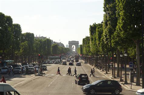 Souvenir Arc De Triomphe Oleh Oleh Perancis epiphany of a journey kemenangan di arc de triomphe