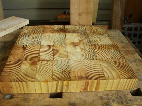 i made this cutting board in a workshop taught by gowanus sleepydog s wood shop surfacing end grain cutting broards