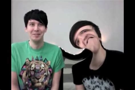 Phil Photo Booth dan and phil photo booth challenge made me cry omg dan