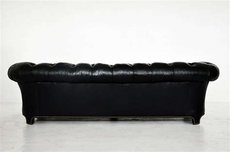 Black Leather Chesterfield Sofa At 1stdibs Black Chesterfield Sofa
