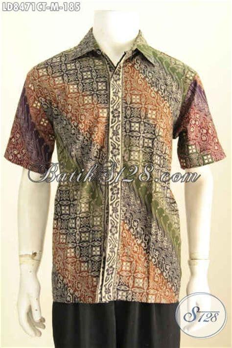 Baju Saat Kerja contoh baju batik pria kombinasi yang sedang in saat ini pakaian batik kerja nan istimewa yang