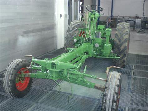 Traktor Motorhaube Lackieren by Humbaur Karosserie Fachbetrieb Lackierung Traktor