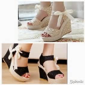 Sepatu Sendal Wedges Wanita Pita Brukat Rajut indo aksesories sepatu wedges bahan brokat dengan hiasan