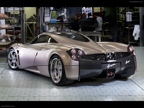 pagani huayra 2011 car picture 07 of 134 diesel