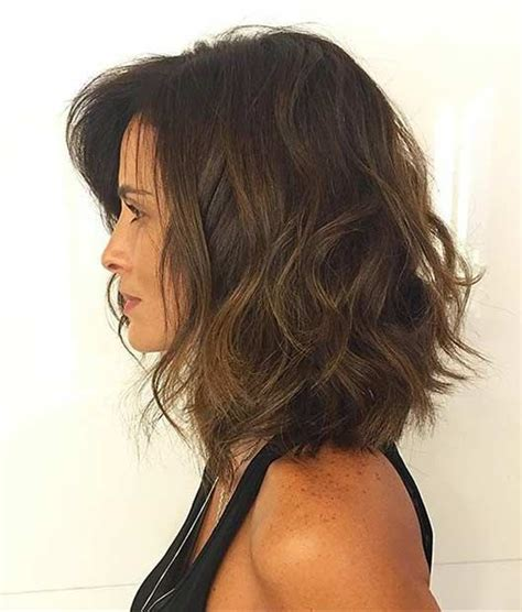 medium bob hairdtlte with no weight in the back 31 best shoulder length bob hairstyles shoulder length