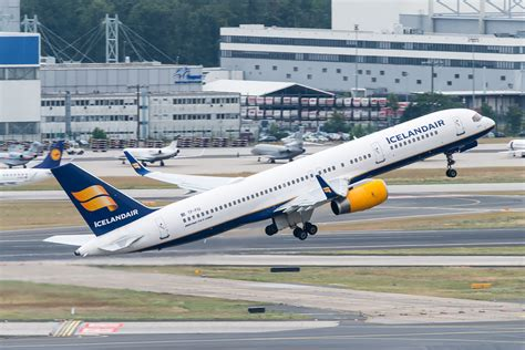 icelandair boeing 757 200 tf fiu