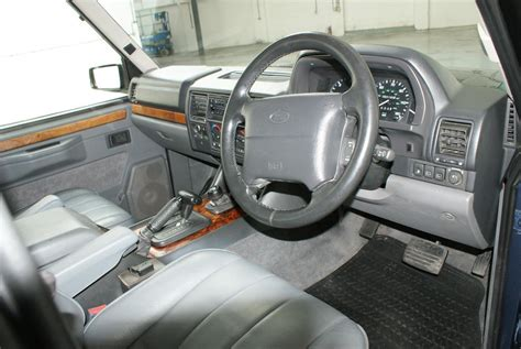 service manual how remove dash on a 1994 land rover