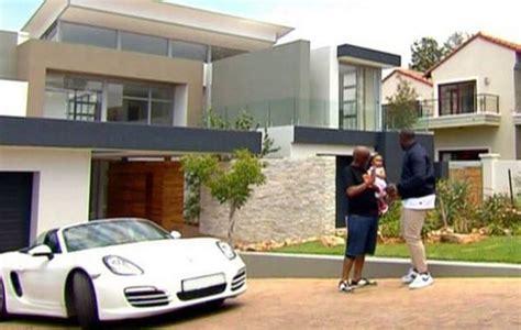 dj sbu sets trend after top billing features his luxurious home top south news dj sbu sets trend after top billing features his luxurious home
