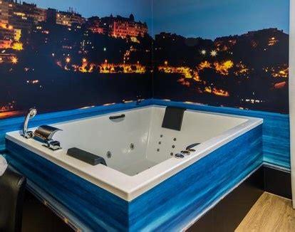 hoteles con jacuzzi en la habitacion en santander hoteles con suites con jacuzzi en cantabria