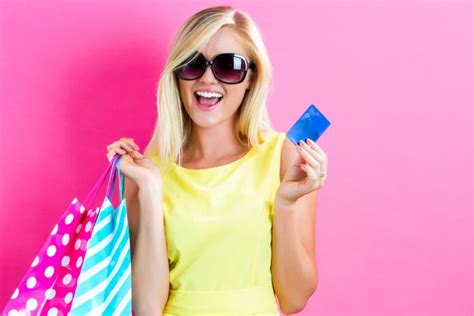 How To Do Gift Card Scams - how to avoid gift card scams mybanktracker