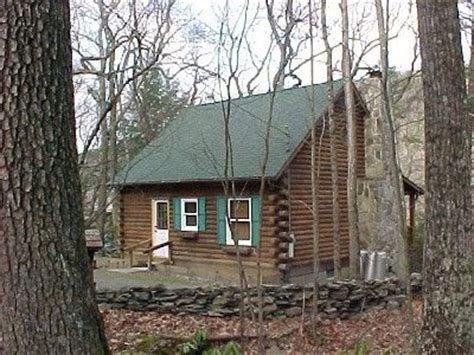 Cabins To Rent In Pennsylvania by Peaceful And Delaware Riverfront Log Cabin