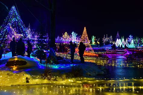 christmas displays by me four great spots in central maine to see some magical light displays