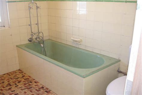 Reglazing Bathtubs Cost by Bathroom Bathtub Refinishing Cost Small Room Design