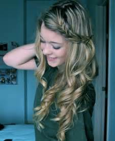 Hairstyle picture ideas cute curly hair styles globezhair