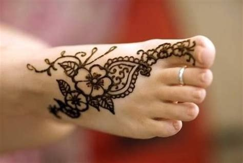 17 best ideas about henna foot on foot