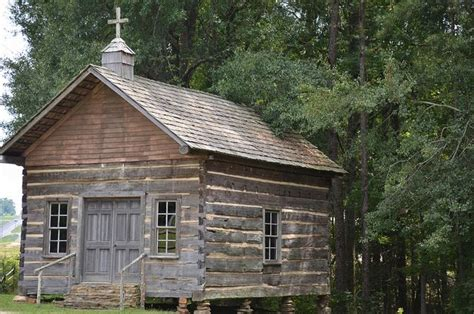 country church sanctuary pinterest church log cabins  logs