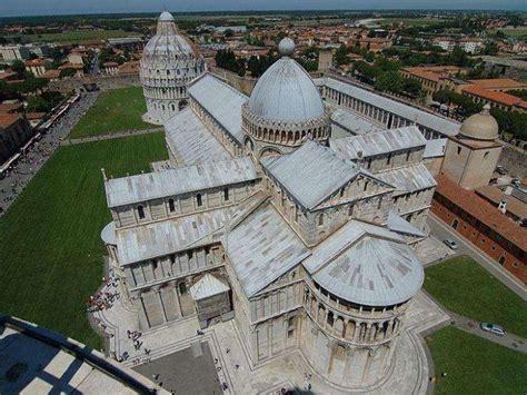Drone Gotica arquitectura rom 193 nica