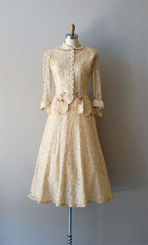 1950s dress 50s lace dress wedding dress alamondine 1950 s wedding suit lovely