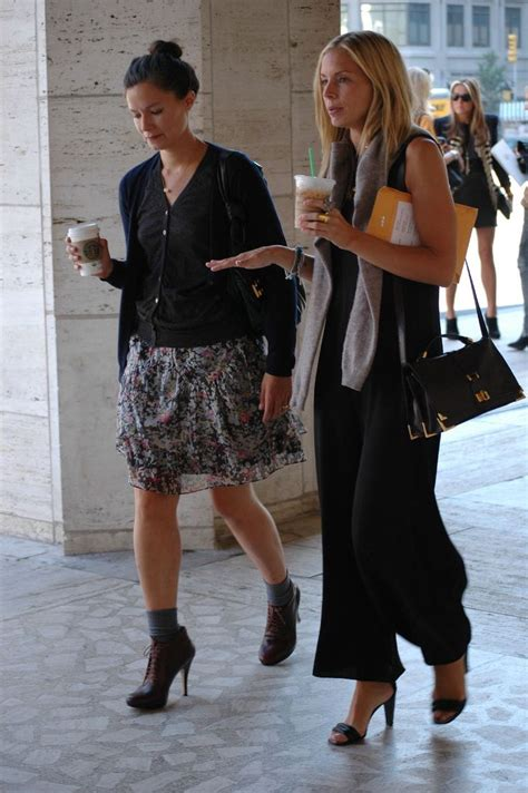 New York Fashion Week Carine Roitfeld Meredith Melling Burke And Mena Suravi by 48 Best Meredith Melling Images On Chic