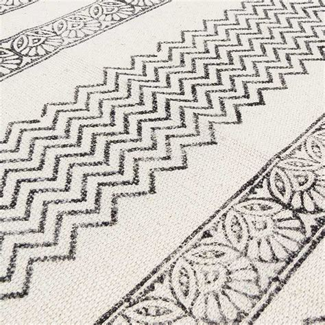 black and white flat weave rug black white flat weave woven cotton block print area accent dhurrie rug 4 x 6 ft dhurrie