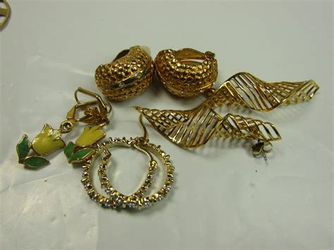 make payments on jewelry gold tone costume jewelry lot faux pearl statement