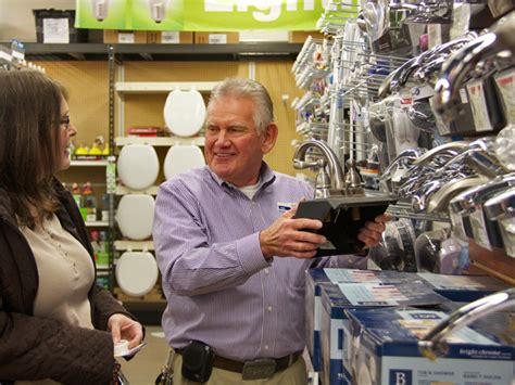 What Did Ellen Give Away On 12 Days Of Giveaways - paul quinter right helps elizabeth pullliam select a faucet