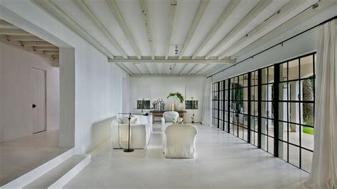 calvin klein sells miami mansion south florida