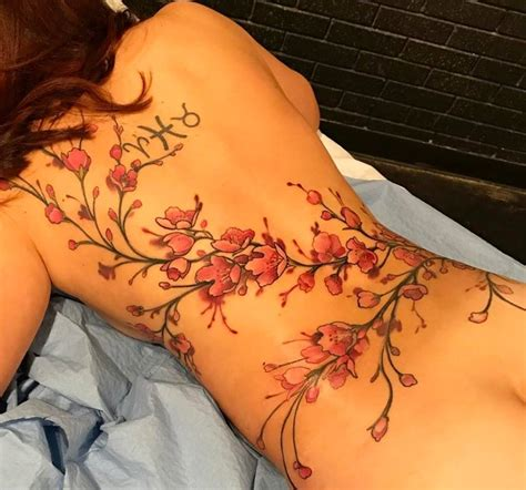 female back tattoo back flower tattoos www pixshark images