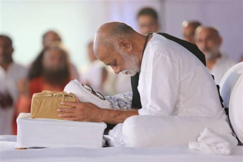 ved vyas biography in english know how morari bapu turned into a legendry kathavachak