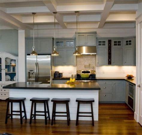 cuisine sans four 騁udiant la cuisine avec ilot cuisine bien structur 233 e et