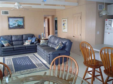 family room  couches medium blue color florida keys vacation home decorating ideas home